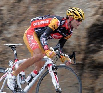 Алехандро Вальверде стал лидером рейтинга велогонщиков UCI