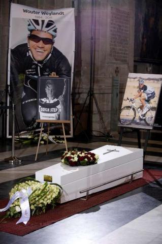 18 мая прошли похороны Воутера Вейланда