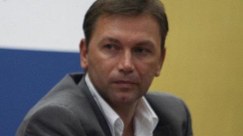 Йохан Брюнель уволен с поста генерального менеджера RadioShack-Nissan