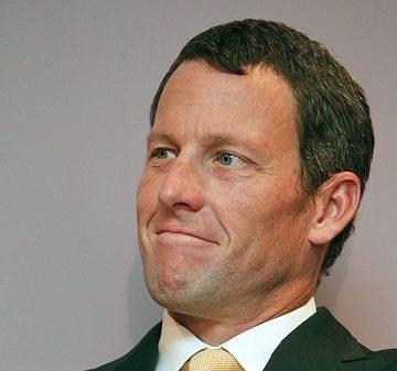 SCA Promotions требует от Армстронга возврата выплаченных денег