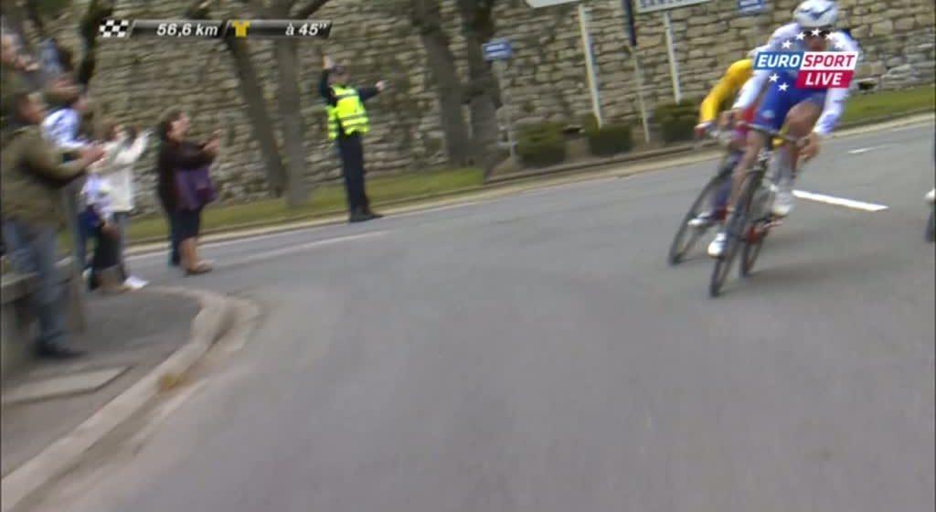 Насер Бухани упал на 2 этапе Париж-Ницца 2013