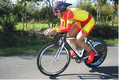 Евгений Ваккер готовится к Чемпионату Азии по велоспорту