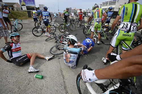 Тони Мартин серьёзно травмировался на 1 этапе Тур де Франс 2013