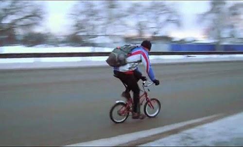 Мужчина на детском велосипеде доехал из Липецка до Воронежа за 8.5 часа