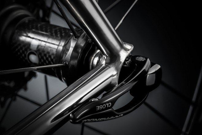Limited-edition Eddy Merckx Eddy70 5