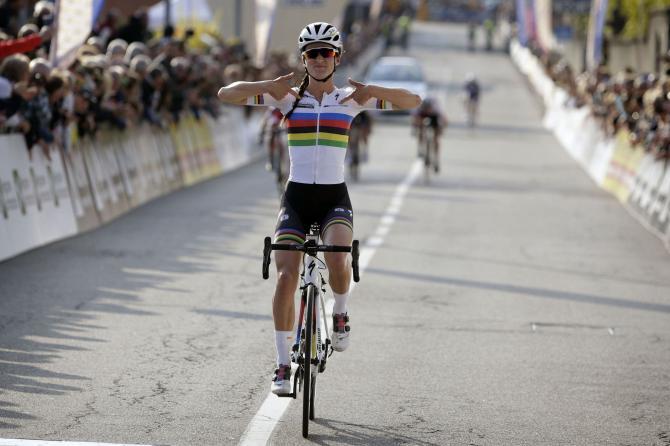 Lizzie Armitstead (Boels-Dolmans) победитель Trofeo Alfredo Binda 2016