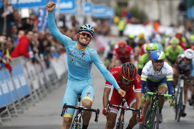 Luis Leon Sanchez (Astana) стал победителем первого этапа Тура Страны Басков 2016 (Tim de Waele/TDWSport.com)