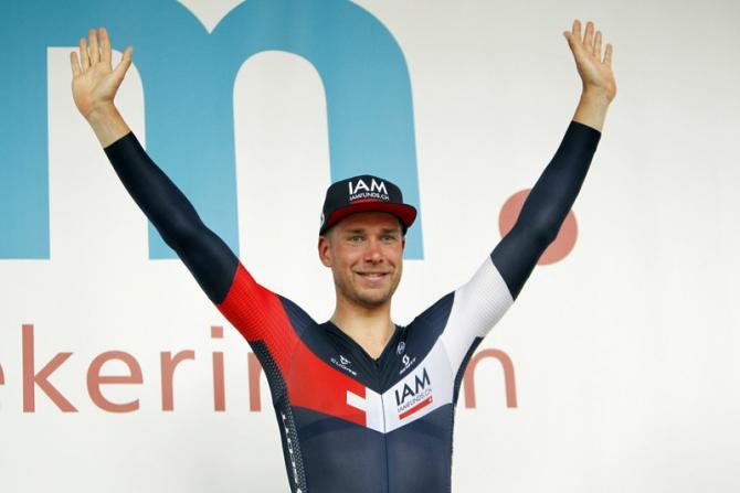 Roger Kluge (IAM Cycling) празднует победу (фото: Bettini Photo)