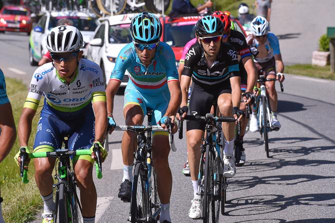 Vincenzo Nibali in the bunch during stage 19 (фото: Tim de Waele/TDWSport.com)