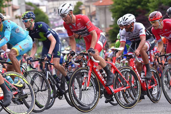 Джакомо Ниццоло лидер спринта по очкам (фото: Tim de Waele/TDWSport.com)