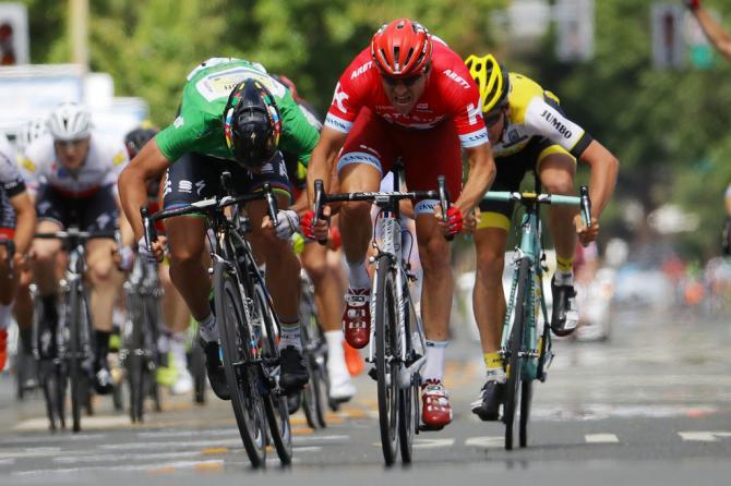 Петер Саган (Тинкофф) и Александр Кристофф (Katusha) борятся за победу на этапе (фото: Getty Images Sport)