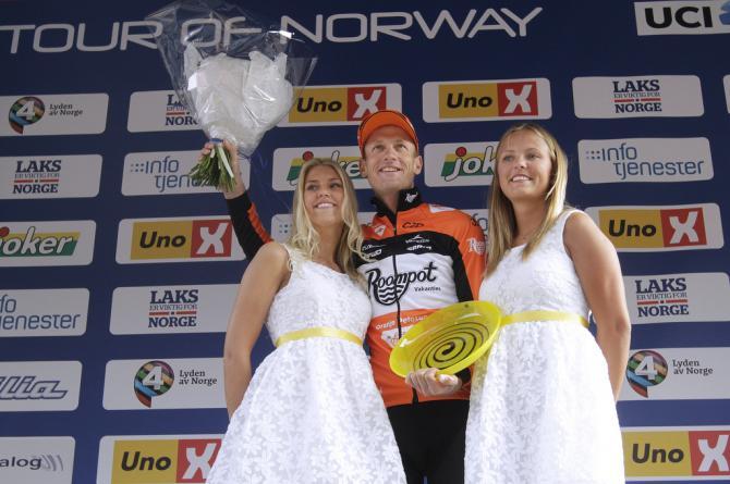 Победитель этапа Pieter Weening (Roompot Oranje Peloton) (фото: Tim de Waele/TDWSport.com)