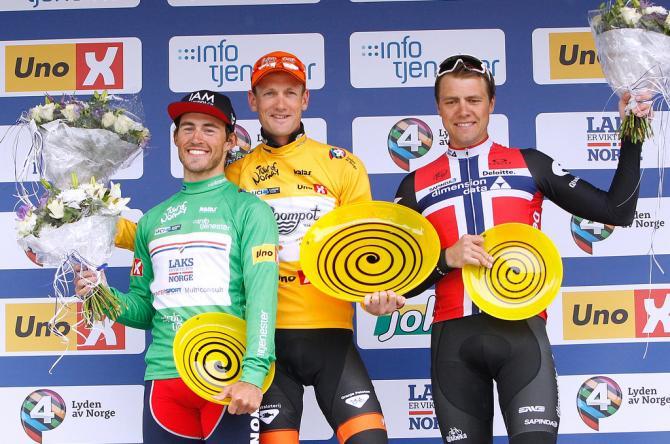 ФИНАЛЬНЫЙ ПОДИУМ: Sondre Holst Enger (Norway), Pieter Weening (Roompot - Oranje Peloton) и Edvald Boasson Hagen (Dimension Data) (фото: Tim de Waele/TDWSport.com)