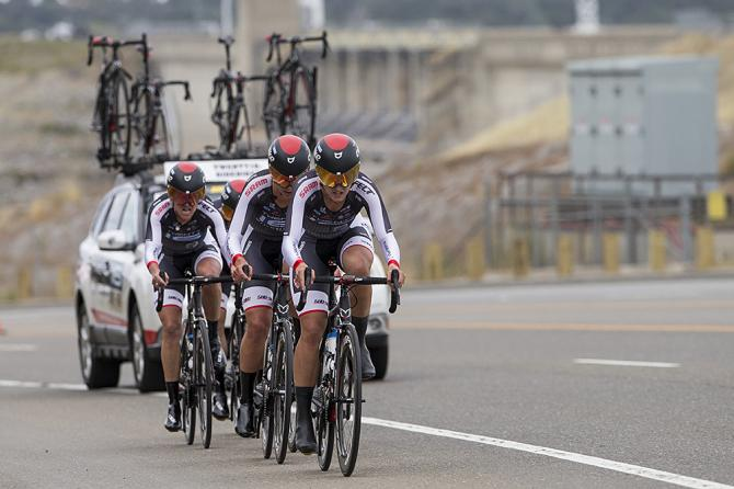 Twenty16-Bikerider выигрывают командную гонку на время на Женском Туре Калифорнии (фото: Jonathan Devich/epicimages.us)