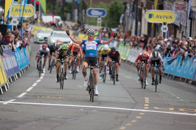 Marianne Vos (Rabo Liv) стала победительницей четвёртого этапа Aviva Women's Tour. (фото: Sean Robinson/Velofocus)