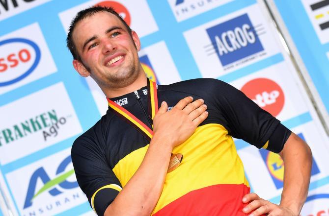 Victor Campenaerts (LottoNl-Jumbo) наслаждается своим первым бельгийским титулом гонки на время (фото: Tim de Waele/TDWSport.com)