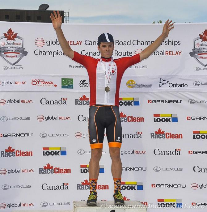 Ben Perry (Silber Pro Cycling) выиграл U23 (фото: Robert Jones)