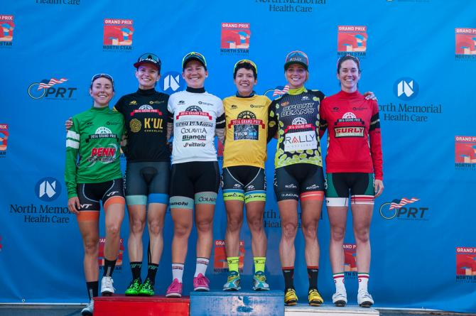 Penn Cycle Top Amateur - Kathryn Buss (Medica Collegiate), K'ul Chocolate Sprint - Sophie Mackay (Hagens-Berman), Greg Lemond Best Young Rider - Lauretta Hanson (Colavita/Bianchi), Race Leader - Brianna Walle (Team TIBCO-SVB), Sport Beans Queen of the Hill - Erica Allar (Rally Cycling), Surly Most Aggressive - Ellen Watters (SPBRC/Grand Performance) (фото: Matthew Moses/Moses Images)