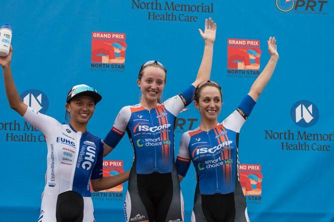 Этап 4 пьедестал: Coryn Rivera (United Healthcare), Skylar Schneider (ISCorp Cycling), Samantha Schneider (ISCorp Cycling). (фото: Matthew Moses)