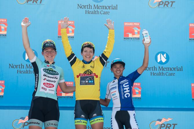 The top three in GC stagings: 1st-Brianna Walle (Rally Cycling), 2nd-, 3rd-Coryn Rivera (United Healthcare), Lauretta Hanson (Colavita/Bianchi) (фото: Matthew Moses/Moses Images)