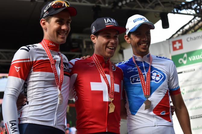 Pirmin Lang , Jonathan Fumeaux  и Steve Morabito (FDJ)  (фото: IAM Cycling)
