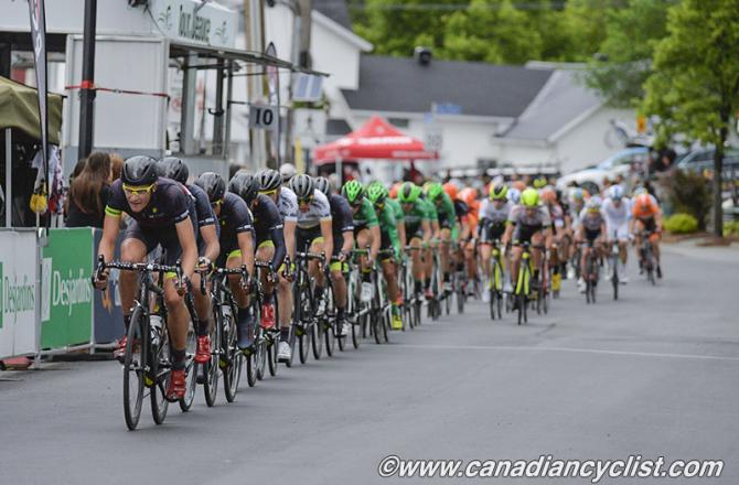 Связка на критериуме Tour de Beauce в Saint-Georges (фото: Rob Jones)