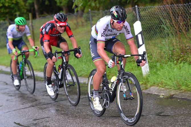 Peter Sagan (Tinkoff) leads Silvan Dillier (BMC) (фото: Tim de Waele/TDWSport.com)