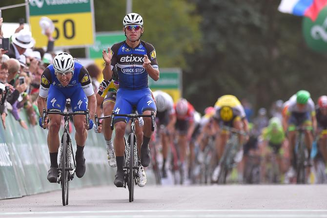 Maximiliano Richeze (Etixx-QuickStep) and teammate Fernando Gaviria finish first and second during stage 4 at Tour de Suisse (фото: Tim de Waele/TDWSport.com)