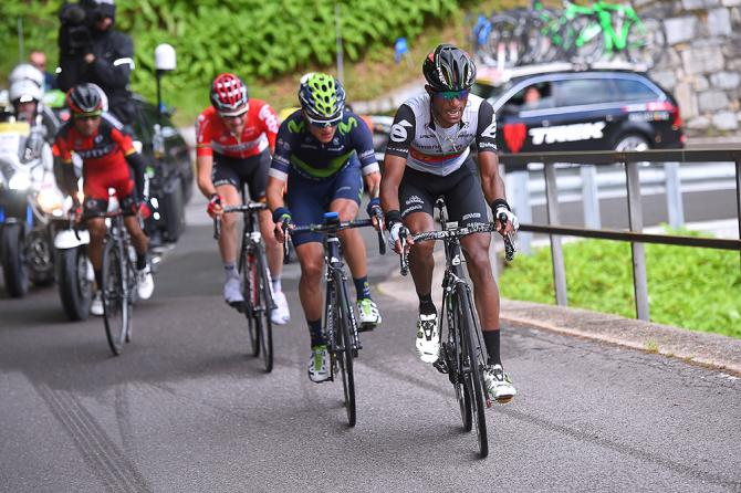 Natnael Berhane, Winner Anacona, Tim Wellens and Darwin Atapuma on the attack during stage 5 at Tour de Suisse (фото: Tim de Waele/TDWSport.com)