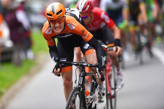 Питер Венинг атакует (фото: Tim de Waele/TDWSport.com)