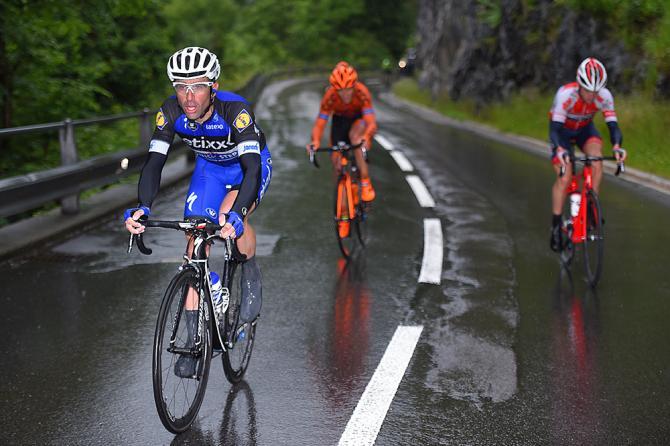 Максимилиано Ричесе в отрыве (фото: Tim de Waele/TDWSport.com)