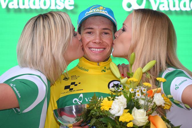 Мигель Анхель Лопес (Astana) в желтой майке после восьмого этапа - победитель всей гонки Тура Швейцарии 2016 (фото: Tim de Waele/TDWSport.com)