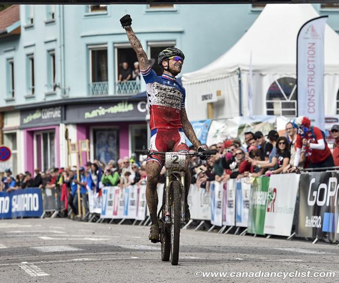 Француз Titouan Carod (Scott Creuse Oxygene Gueret) победитель гонки (фото: Robert Jones)