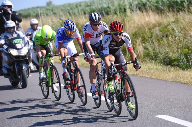 Cesar Benedetti (Bora Argon 18) лидирует в отрыве (фото: Tim de Waele/TDWSport.com)