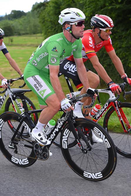 Марк Кавендиш (Dimension Data) в зелёной майке (фото: Tim de Waele/TDWSport.com)