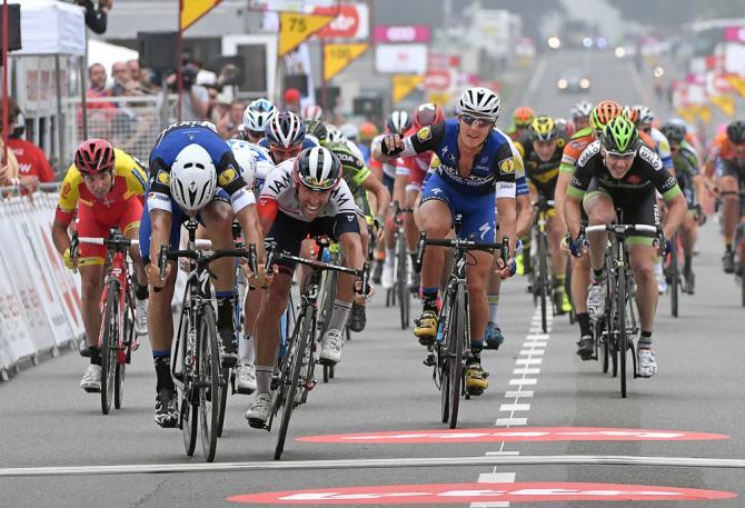Том Бонен выиграл 1 этап Тура Валони (фото: Tim de Waele/TDWSport.com)