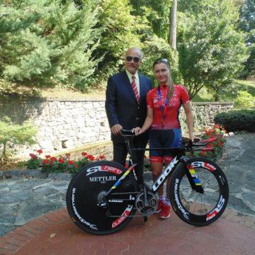 Велокоманда Cogeas продолжила сотрудничество с компанией Mettler