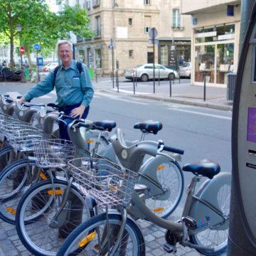 Премьер-министр Франции пообещал увеличить количество велосипедистов на улицах страны в три раза