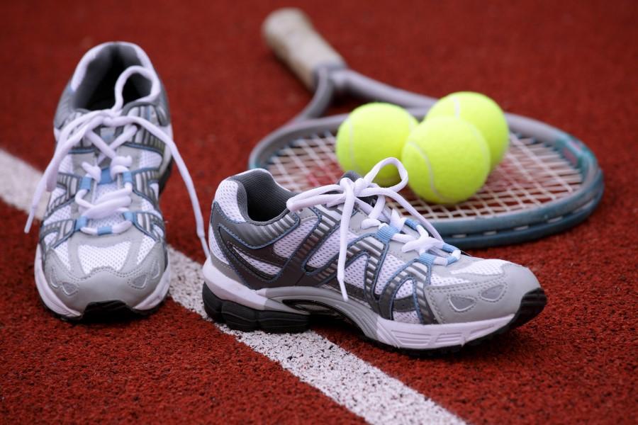 Теннисные кроссовки