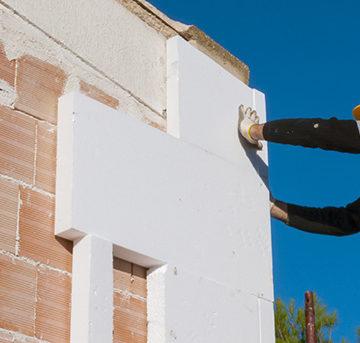 Использование пенопласта в качестве наружного утеплителя зданий