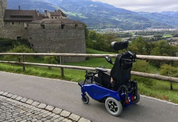 Инвалидная коляска для подъема по лестнице Caterwil GTS3