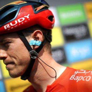Роан Деннис и британская велокоманда INEOS подписали контракт