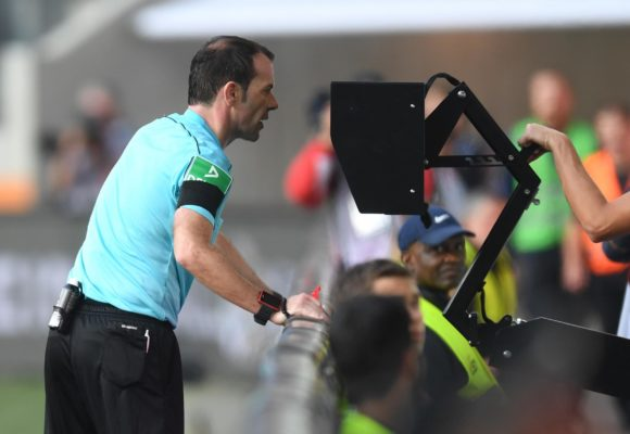 Видео-судейство в футболе