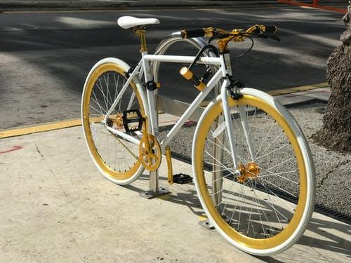 Велосипеды как популярные средства передвижения