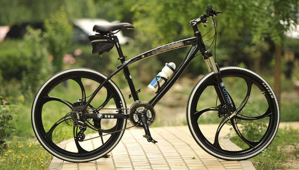 Литые диски или колёса со спицами на велосипед
