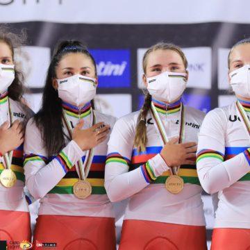 Иванченко, Валгонен, Абайдуллина, Моисеева — чемпионки мира в командной гонке преследования